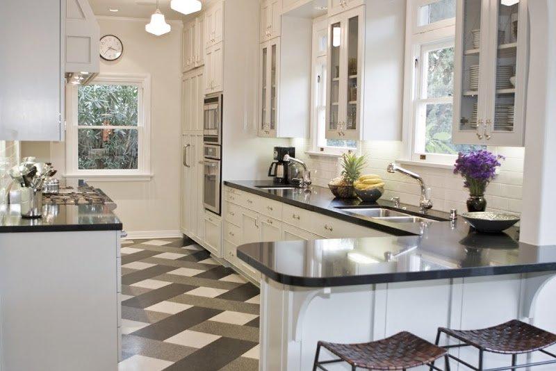 Плитка в кухне пол