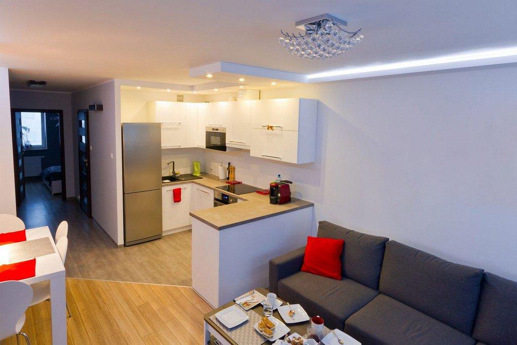 Как объединить кухню и гостиную в «панельке»: 3 законных варианта